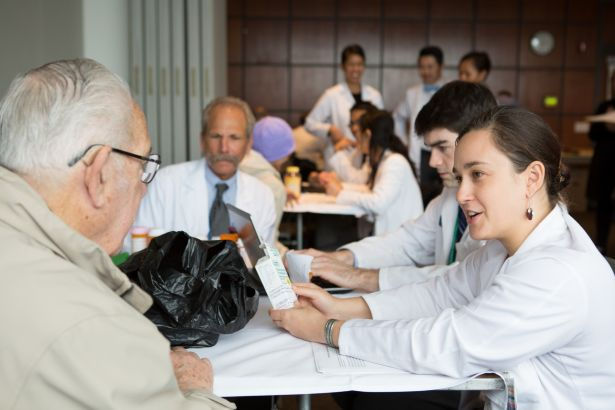 patient, student pharmacists, Dean Guglielmo