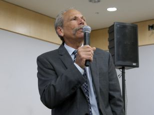 Guglielmo speaking